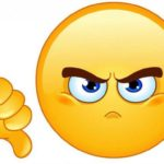 Emoji jaune mécontent qui fait du pouce vers le bas.
